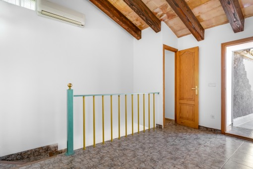 Upper floor with access to a 30 sqm terrace