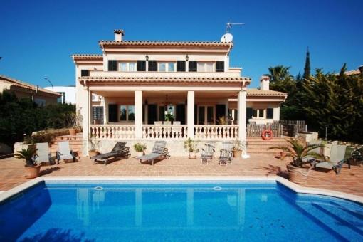 Current exterior view of the villa