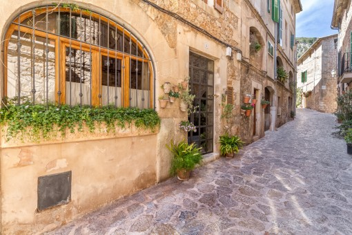 Charming village house in Valldemossa