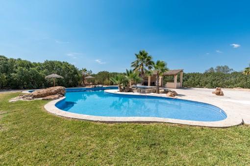 Tastefully designed pool area