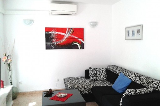Living area with air conditioning