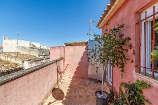 Charming 10 sqm terrace on the upper florr