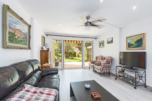 Bright living area with garden access