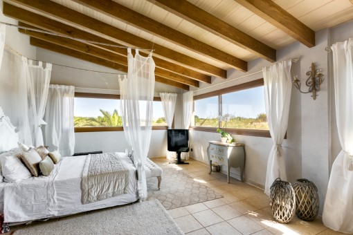 Double-bedroom with panoramic windows