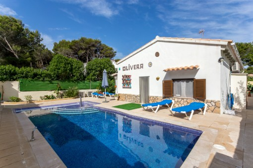 Bungalow-villa with pool and holiday renting licence suitable for wheelchair users in Son Serra de Marina