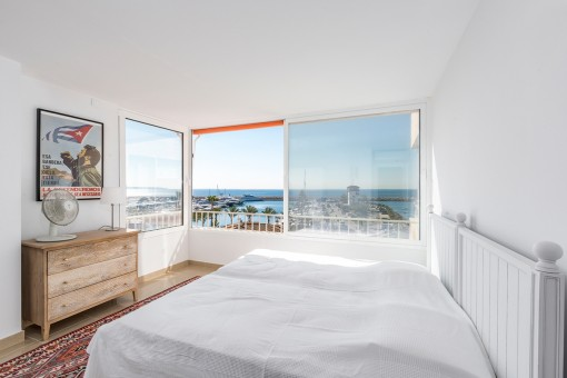 Second bedroom with a view