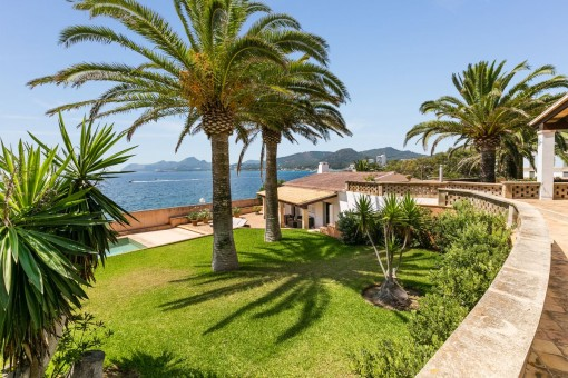Breathtaking villa is situated in a prime seafront location in Cala Ratjada