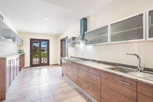 Large and beautiful kitchen