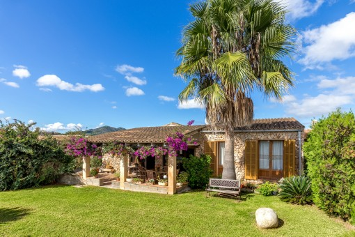Large villa with pool and wonderful sea views in Costa de los Pinos