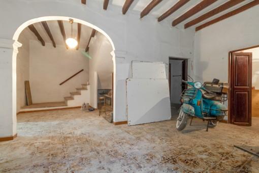Unfurnished living area