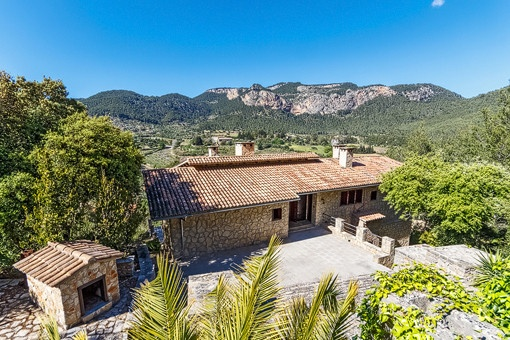 finca in Puigpunyent for sale