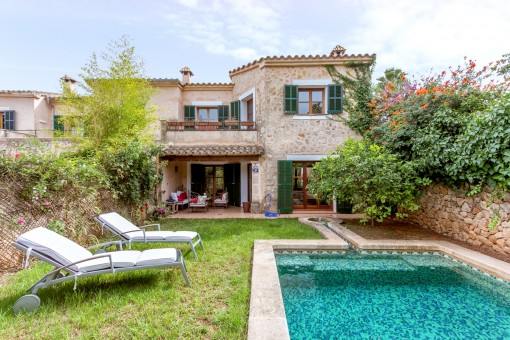 Lovely house with pool and garden in Ses Alqueries