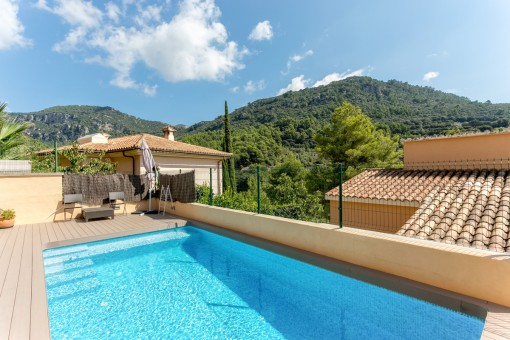 Idyllic pool area on the terrace