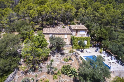 Historic finca with the antique and legendary character of a Mallorcan country house near to Santa Eugenia