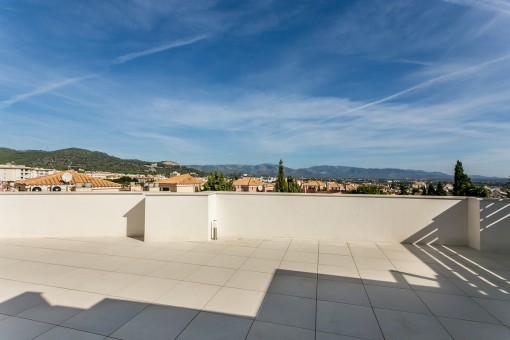 Newly-built penthouse near to the golf course of Son Vida with beautiful views and a jacuzzi on a private roof terrace