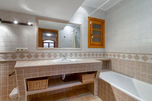 Wonderful bathroom with bathtub