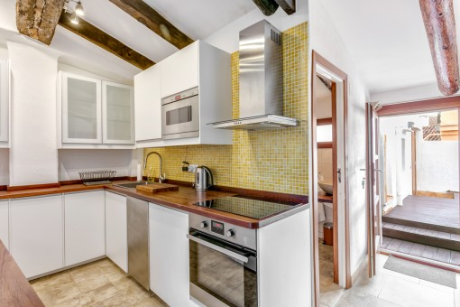 Charming kitchen which is fully equipped