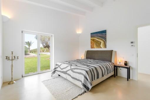 Second bedroom with bathroom en suuite