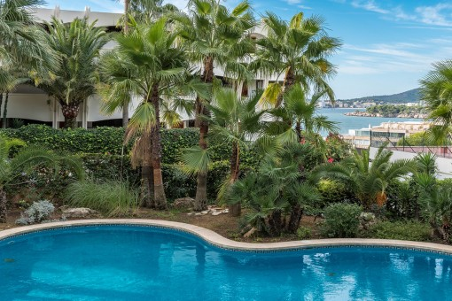Marvellous sea views from the pool area