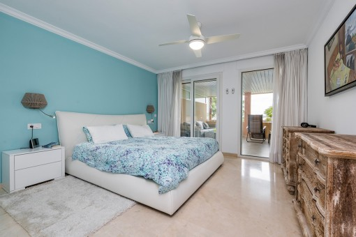 Charming bedroom with double bed