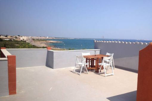 Wonderful roof terrace with gorgeous sea views