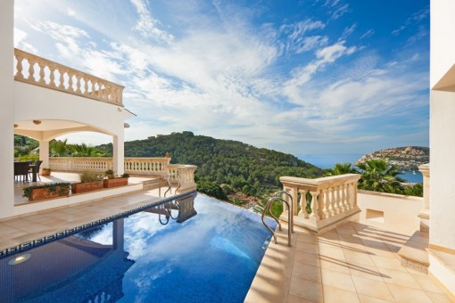 Dreamlike mountain and sea views from the pool