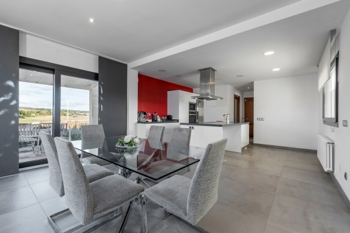 Modern dining area next to the kitchen