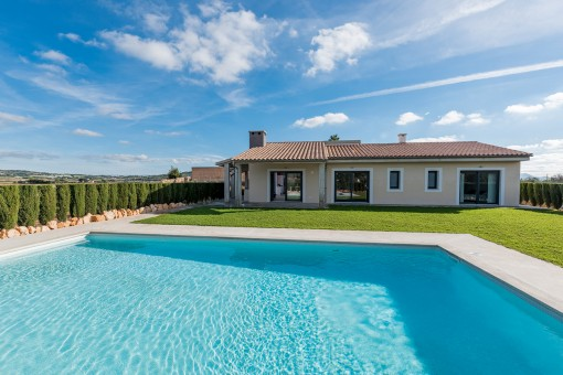Lovely, high-quality finca next to the golf course La Rotana Wine and Golf Resort in Manacor