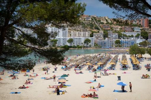 Alternative view of the beach