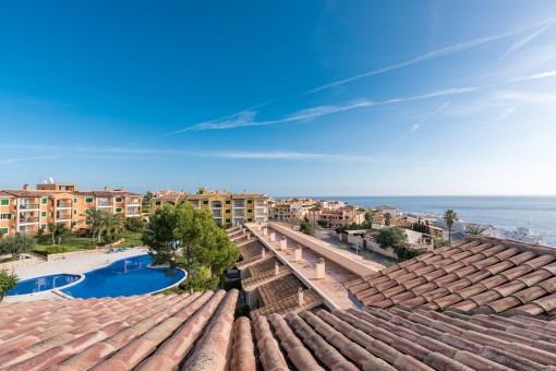 Wonderful, well-maintained apartment in a stylish complex with sea views