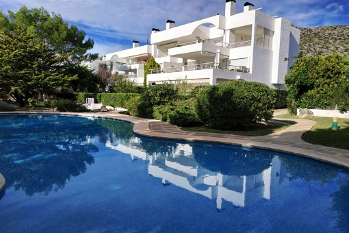 Ground floor apartment in a lovely residential complex with pool 100 metres from the beach in Port Pollensa