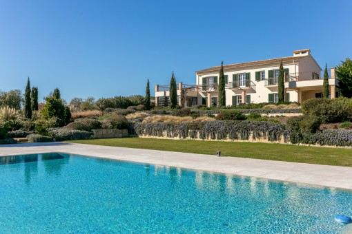 Exceptional finca with extensive oasis for individualists, near to Palma