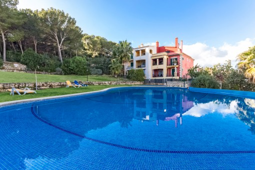 Wonderful ground-floor apartment in a well-maintained residential complex in Santa Ponsa