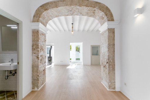 Access to the bright and spacious living area