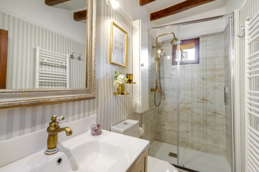 High quality bathroom with heating