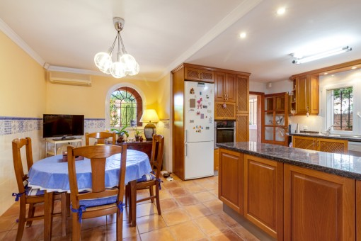 Bright dining area and kitchen