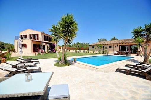 Beautiful finca with pool and fully equipped guest house in Son Mesquida, Felanitx