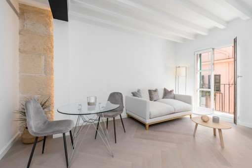 Wonderful, bright apartment in the old town of La Lonja