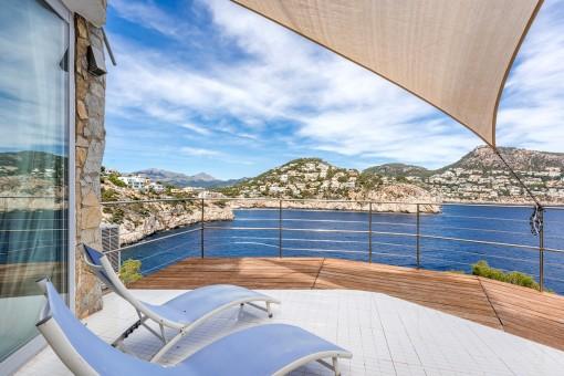 Large sea view terrace