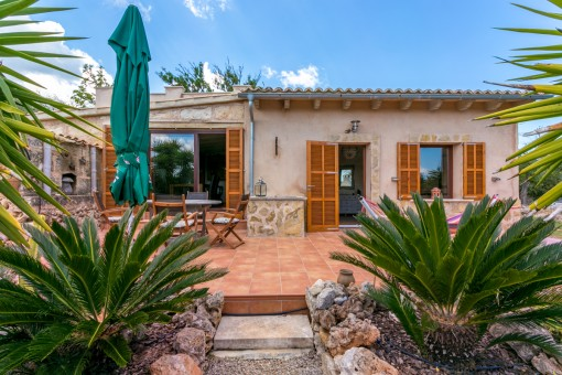 Idyllically-located summer cottage in the country near Santa Margalida