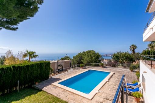 Pool area with panoramic views