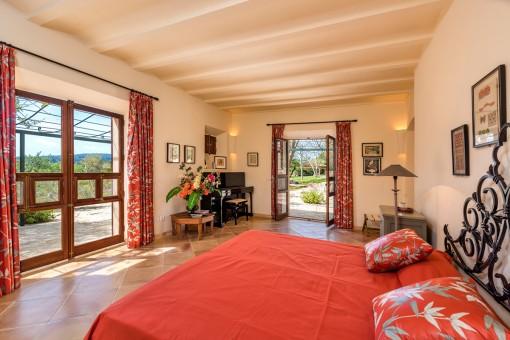Third bedroom with garden access