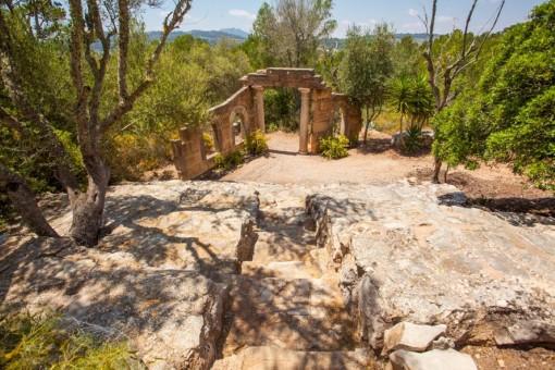 The amphitheatre  of the garden