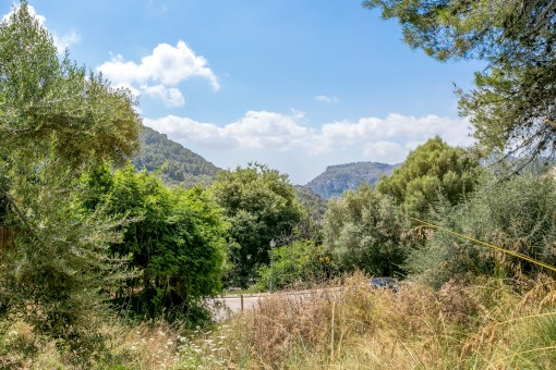 Building plot with unobstructable views, only 5 minutes by foot from Valldemossa