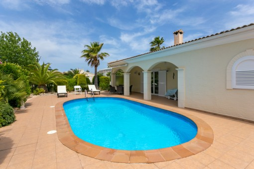 Wonderful property in Son Serra de Marina with excellent building quality and ample privacy