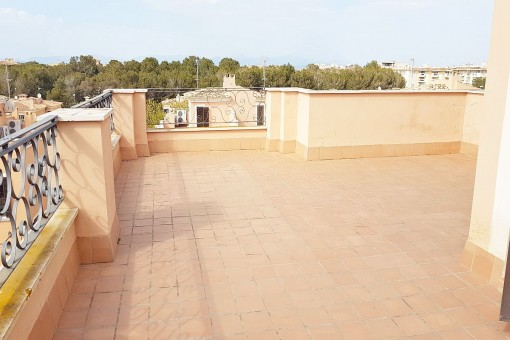 Roof terrace with fantastic views