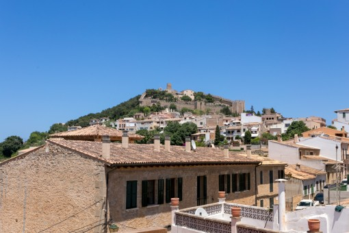 Beautiful views to the castell of Capdepera