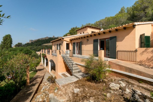 Wonderful chalet with fantastic sea views on the border of Capdepera