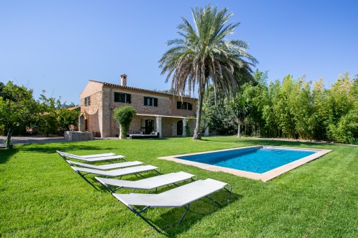 Wonderful stone finca with renting licence for...