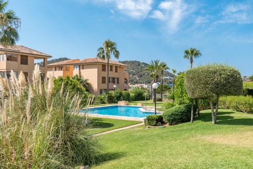 Beautiful communal garden with pool